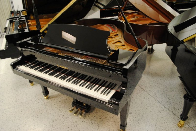 Kawai KG-3 Grand Piano