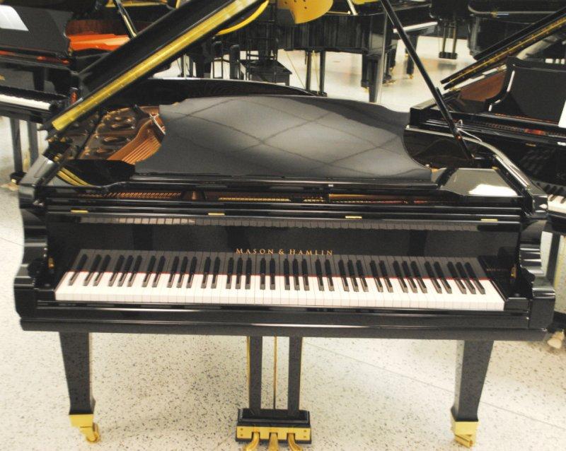 Mason & Hamlin Grand Piano 6'3 AA