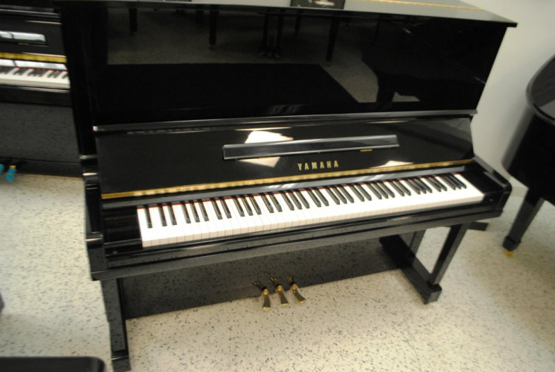 Yamaha U3 Professional Upright Piano