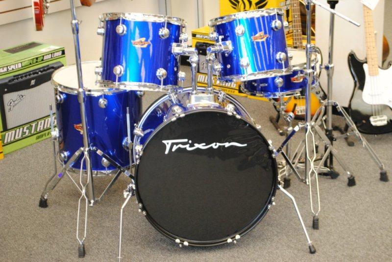 Trixon 5 Piece Drumset Lake Placid Blue [Floor Model]