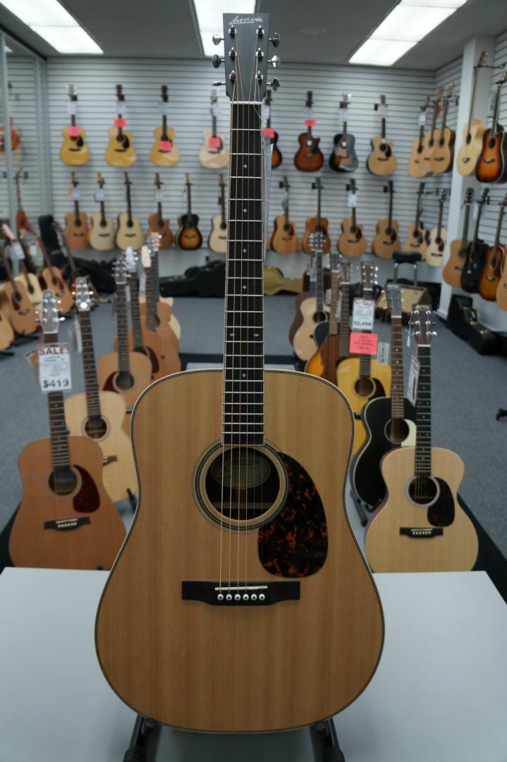 Larrivée D-40R Acoustic Guitar