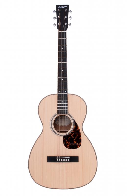 Larrivée 00-40 Legacy Series Acoustic Guitar
