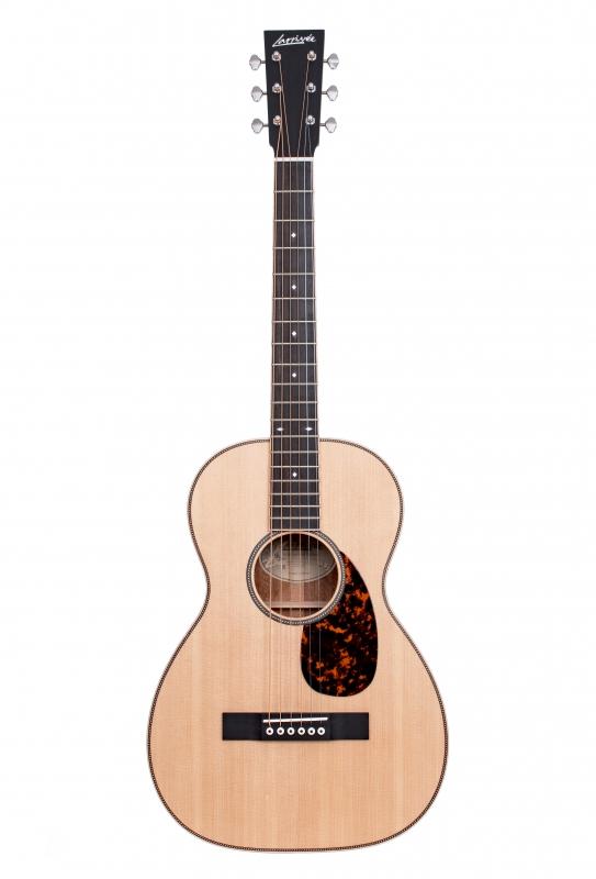 Larrivée 0-40 Legacy Series Acoustic Guitar