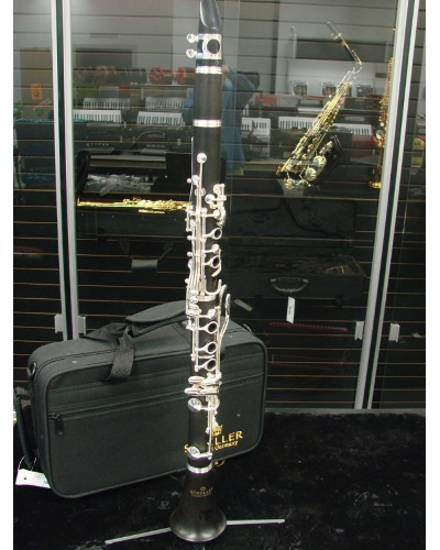 Schiller Clarinet - Ebony Wood - Floor Demo