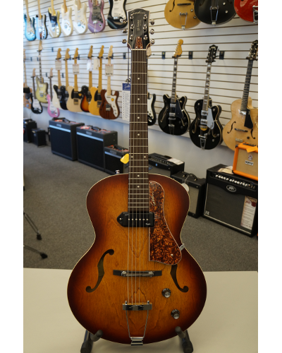 Godin 5th Avenue Kingpin Archtop Acoustic Guitar Cognac Burst