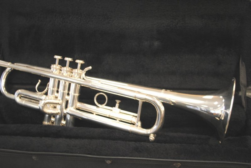 Getzen Eterna Trumpet Model 700