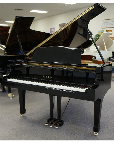 Yamaha C7 Grand Piano - Ebony Polish (used)