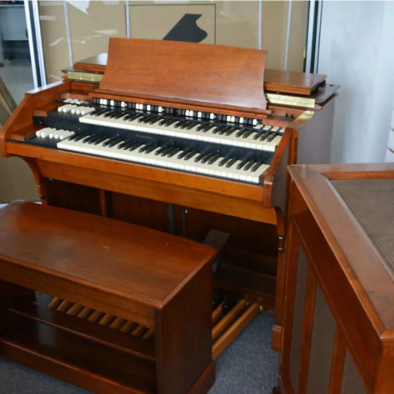 Hammond C3 Organ With PR Tone Cabinet