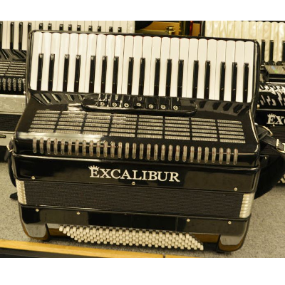 Excalibur Weltbestin 7 Switch Piano Accordion