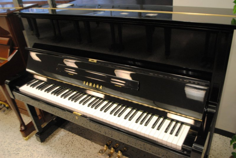 Yamaha u1 professional upright piano ebony polish pre for Yamaha u1 professional upright piano