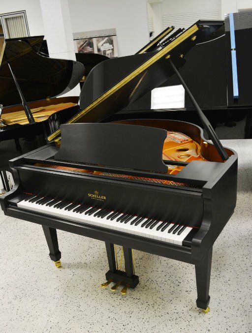 "Schiller Performance 5'0"" Leipzig Baby Grand Piano - Ebony Satin"