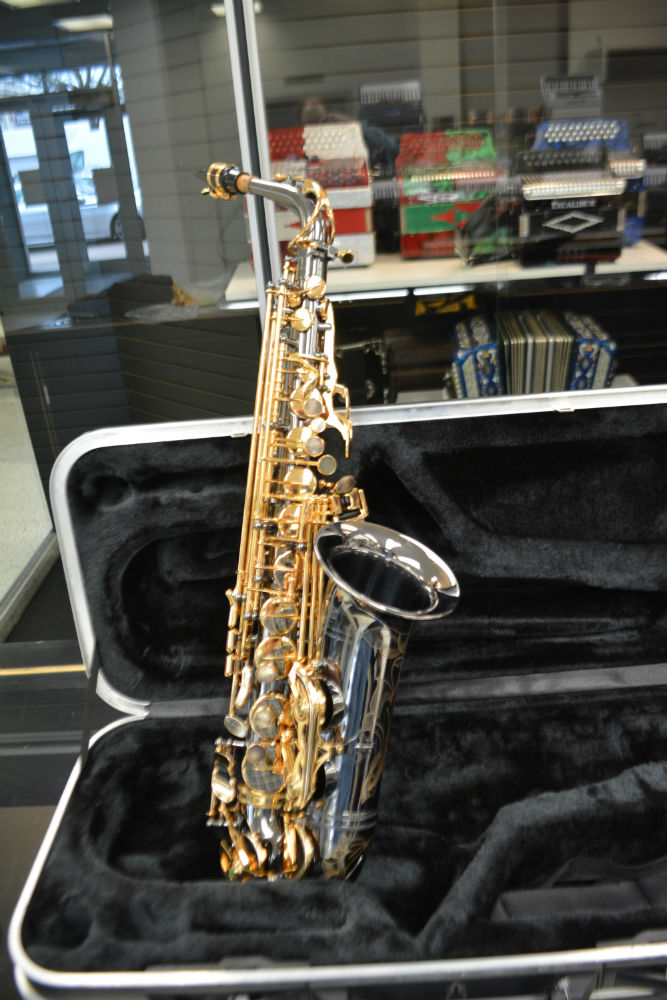 Schiller Elite Alto Saxophone Black Nickel/Gold