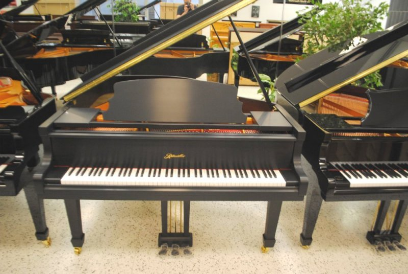 Ritmuller Grand Piano - Ebony Satin