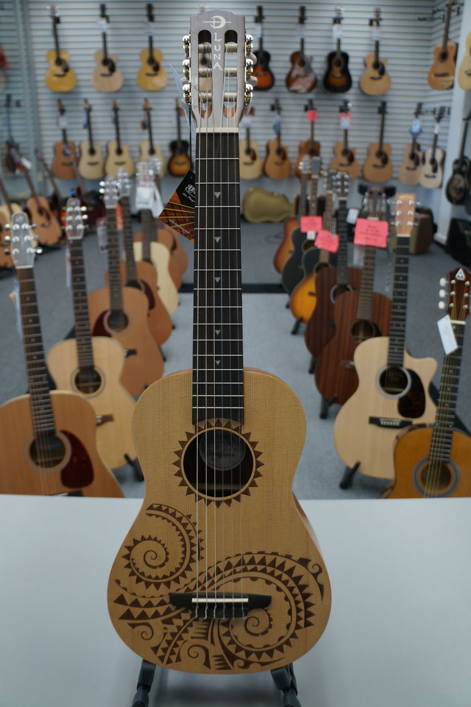 Luna Ukulele Tattoo 6-String Baritone - Satin Natural