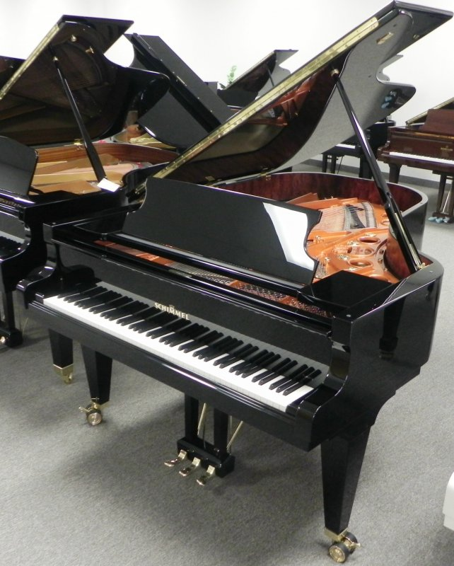 Schimmel Konzert Model K213 7 Ft Grand Piano