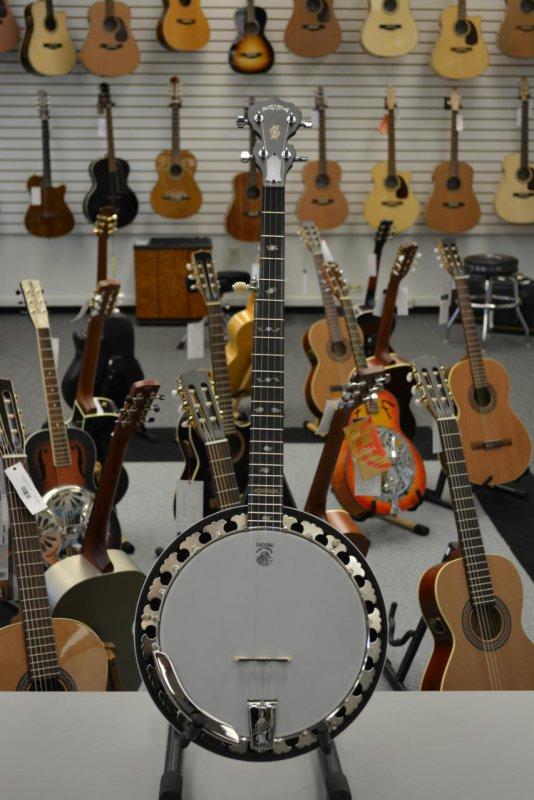 Deering Boston 5-String Banjo [Demo Model]