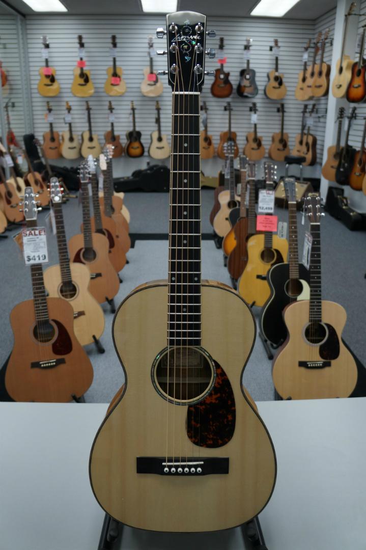 Larrivée P-09BL Acoustic Guitar