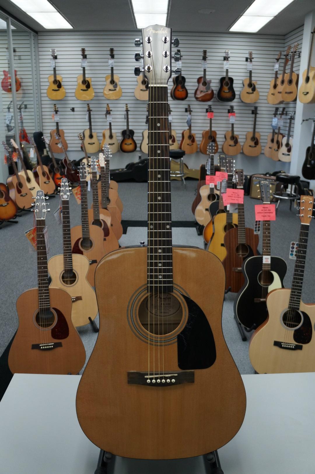 Fender FA-100 Dreadnought Natural Acoustic Guitar