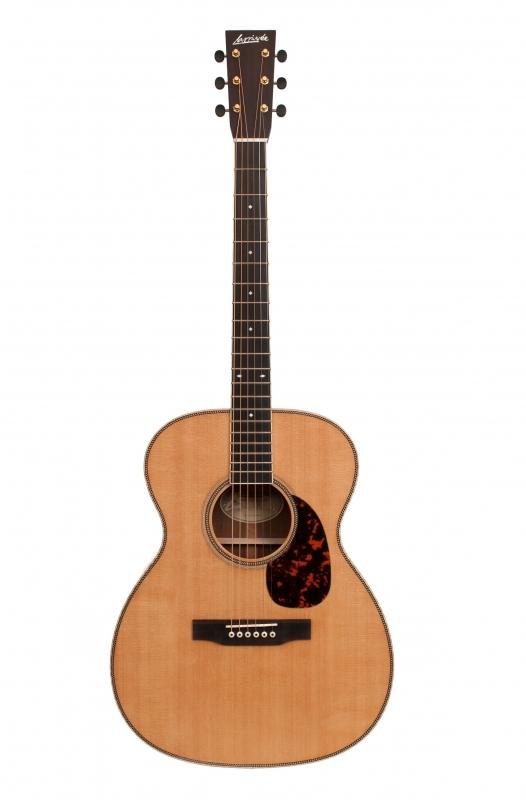 Larrivée OM-60 Traditional Series Acoustic Guitar