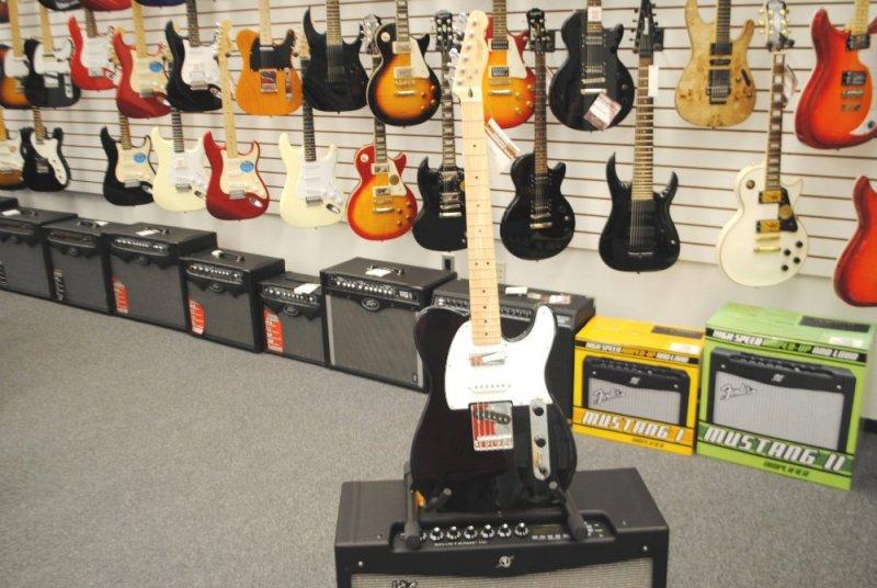 Fender Squier Telecaster with Duncan Designed Pickups [Demo Model]
