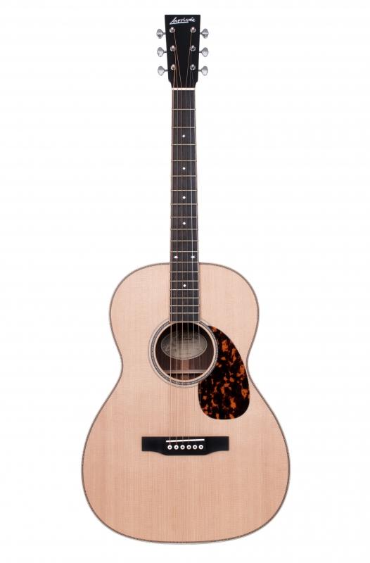 Larrivée 000-40R Legacy Series Acoustic Guitar