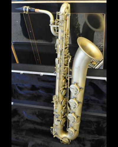 Schiller La Première Baritone Saxophone Vintage Finish