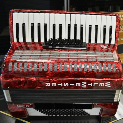 Weltmeister Achat Piano Accordion 72 Bass Red Polish