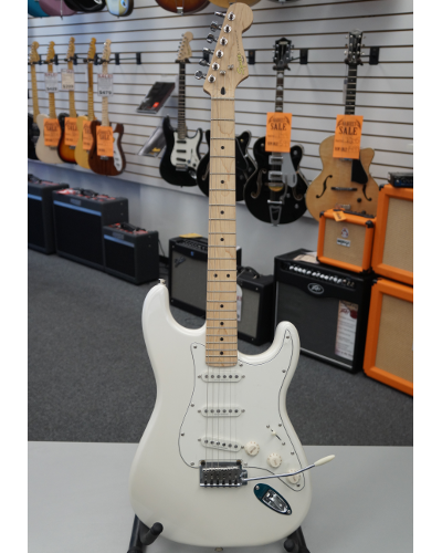 Fender® Squier® Deluxe Stratocaster® Electric Guitar - Pearl White Metallic