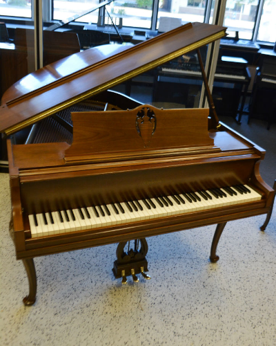 Chickering Baby Grand – Walnut Satin