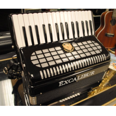 Excalibur 24 Bass Accordion Black