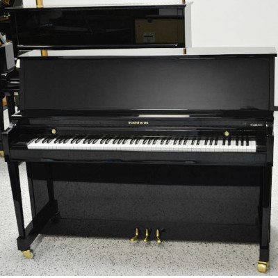 Baldwin Upright Piano – Ebony Polish