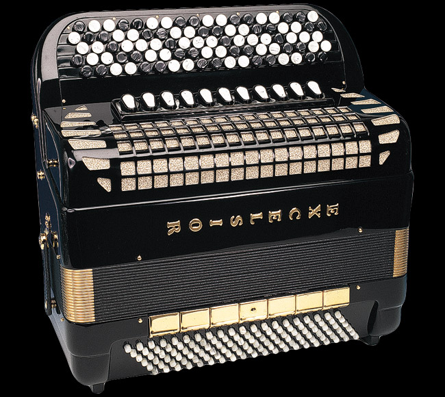 how to play chromatic accordion