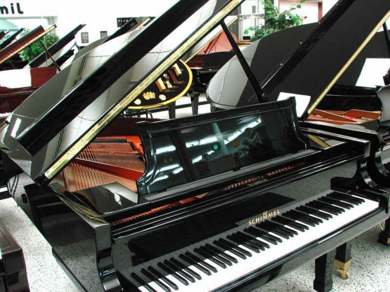 Schimmel 182 Grand Piano - Pre Owned as new
