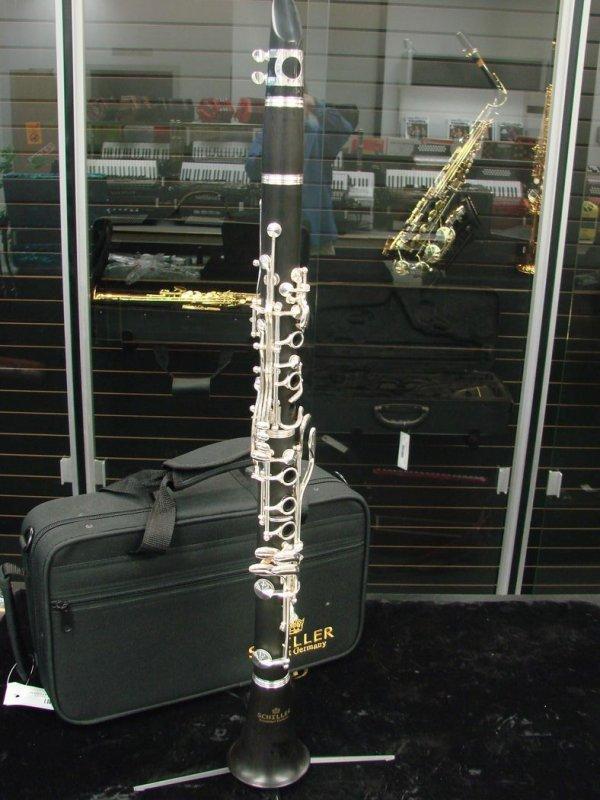 Schiller Clarinet - Ebony Wood - Floor Demo