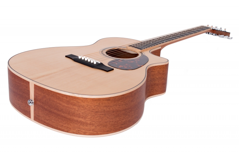 Larrivée OMV-03 Recording Series Acoustic Guitar
