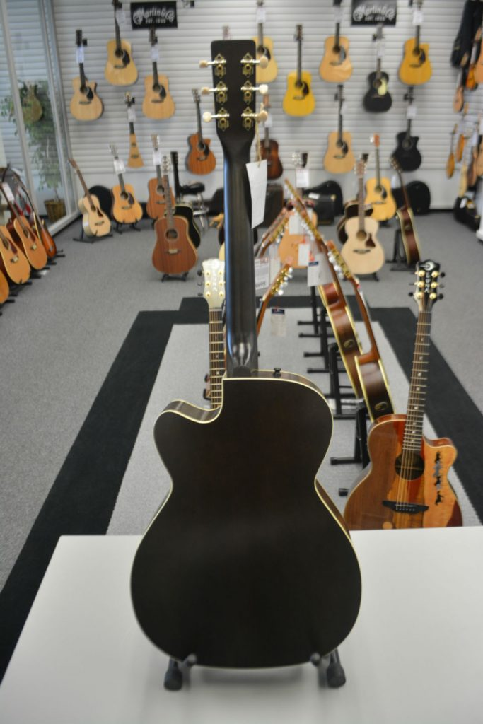Art & Lutherie Legacy Faded Black CW QIT Acoustic-Electric Guitar