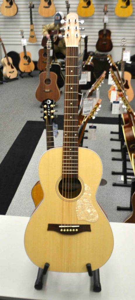 Seagull Entourage Grand Natural Almond Acoustic Guitar