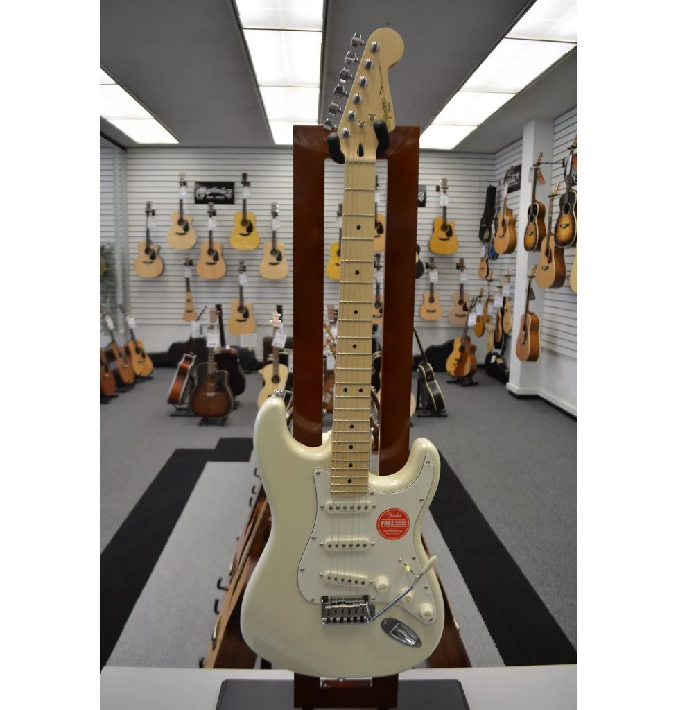 Squier Deluxe Stratocaster White Electric Guitar
