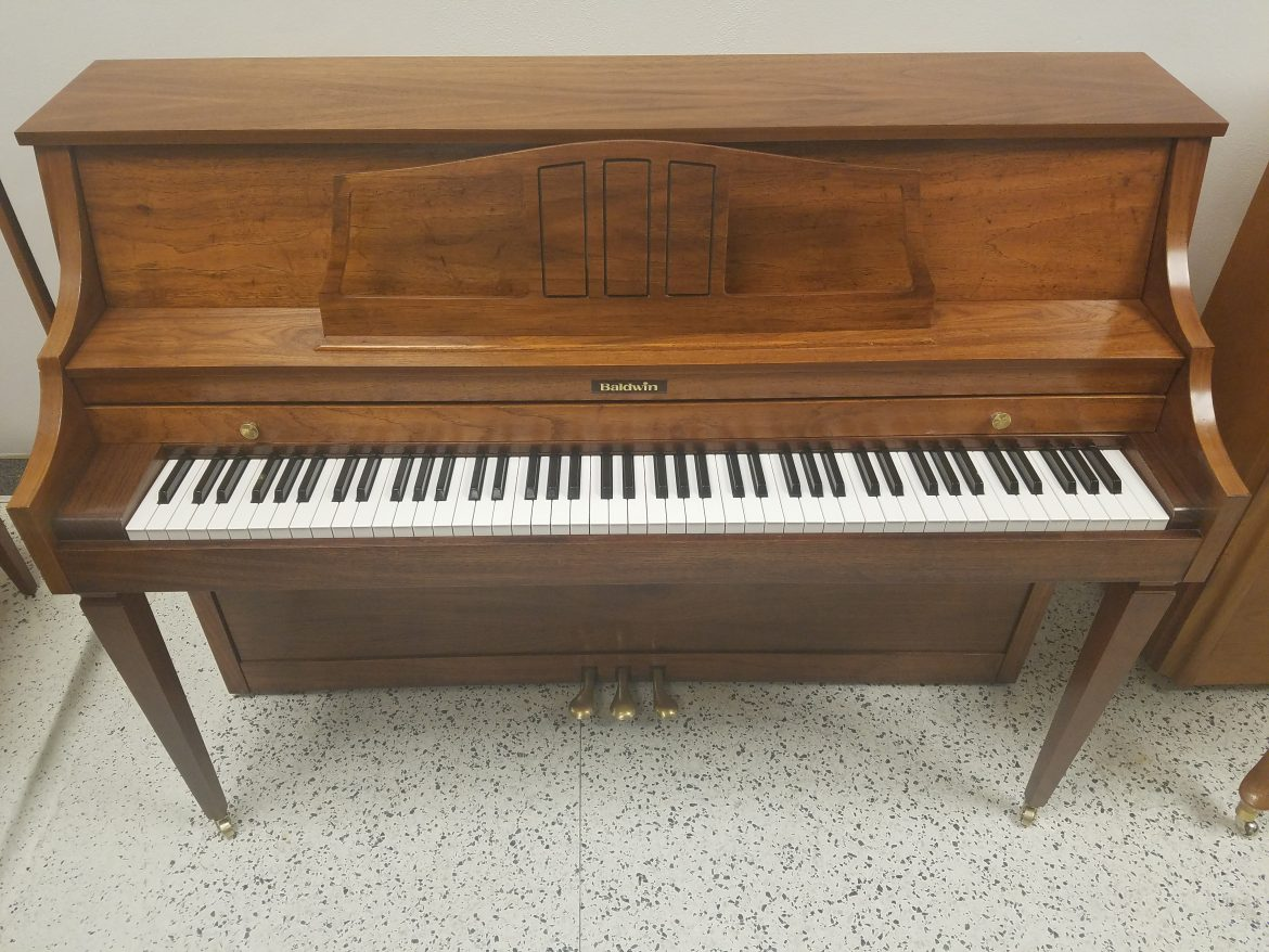 Baldwin Upright Console Piano
