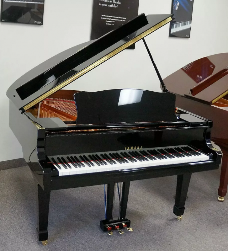 Yamaha C2 Grand Piano Black Polish