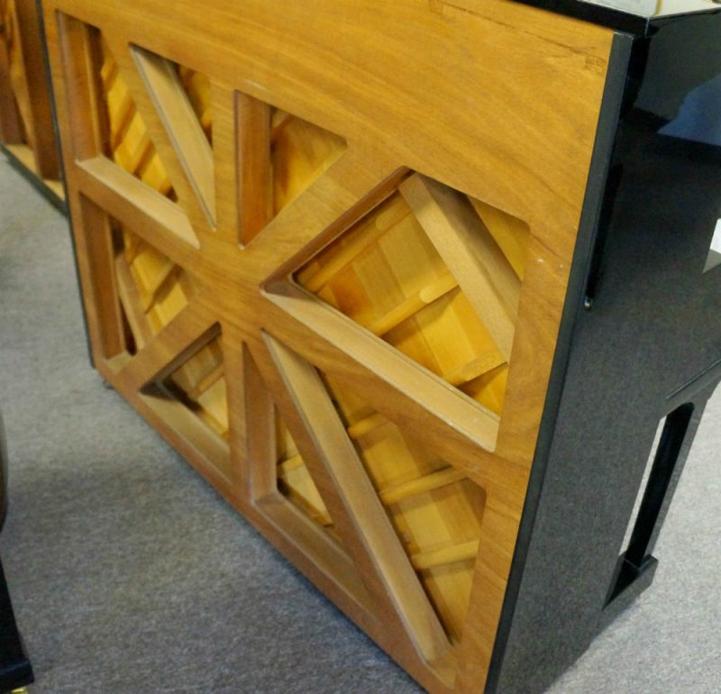 Yamaha UX30 Upright Piano