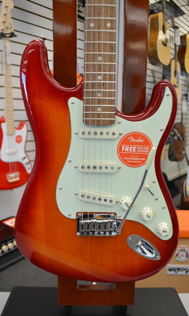 Fender Squier Standard Strat Sunburst