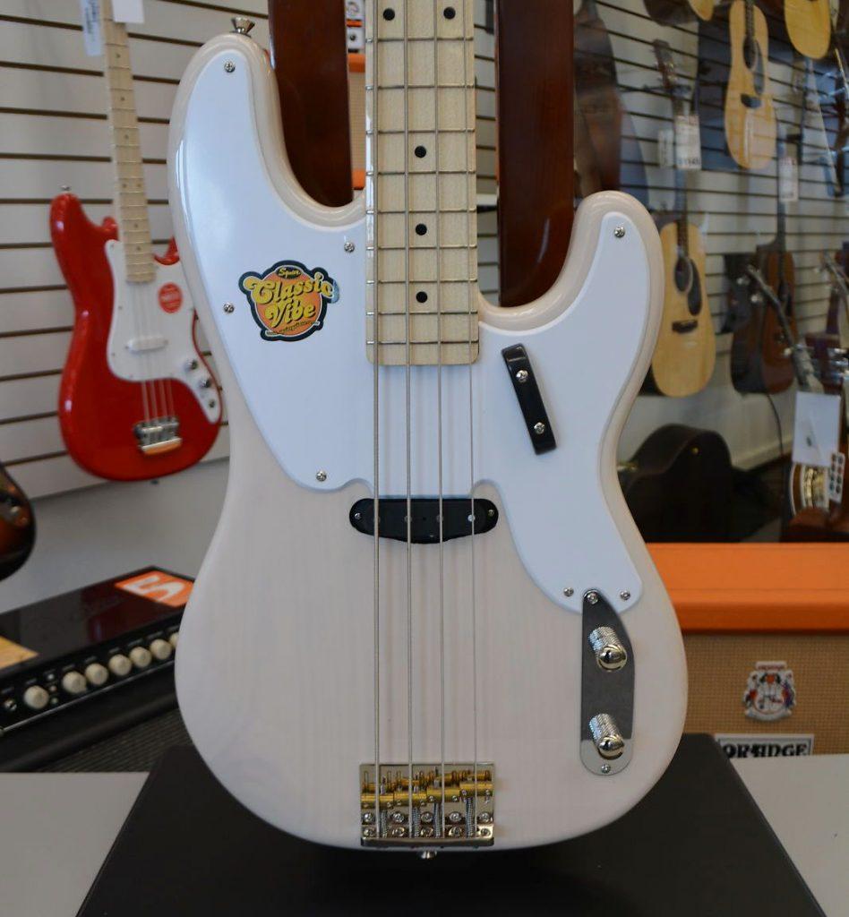 Squier Classic Vibe Precision Bass \'50s - White Blonde