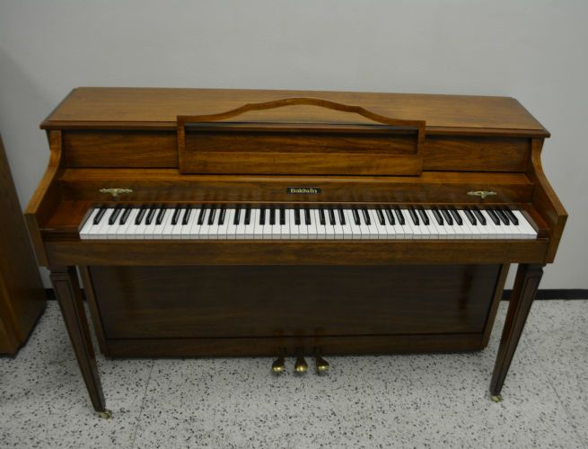 Baldwin Piano Pecan