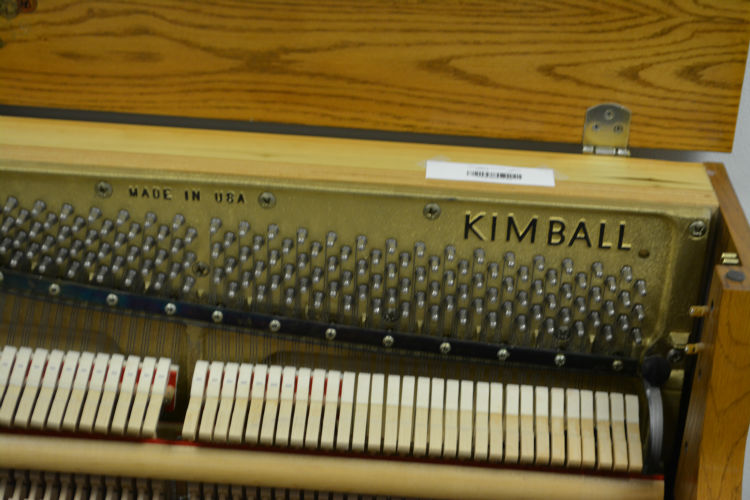 Kimball American Select Oak Decorator Upright