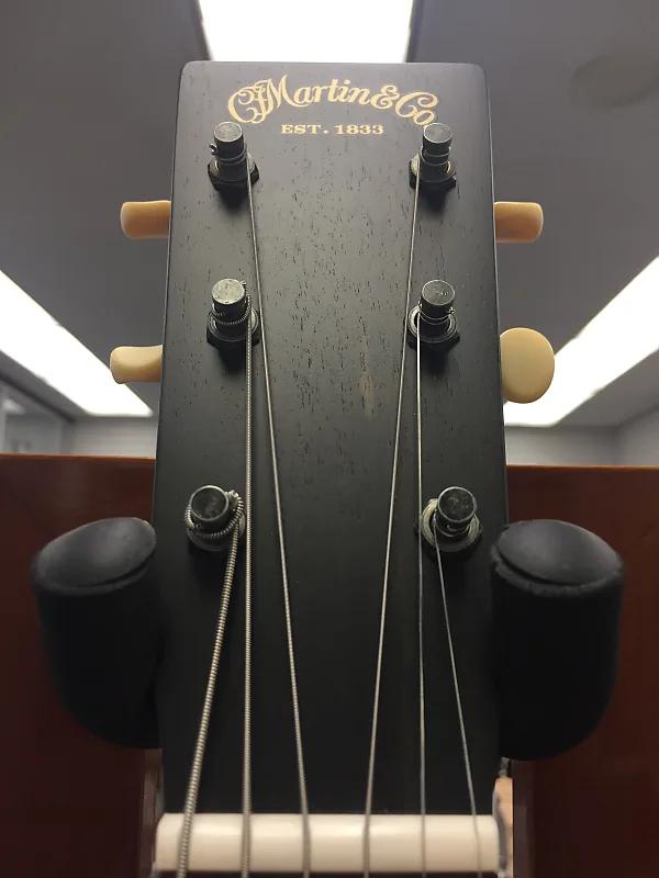 Martin 00017 Acoustic Guitar Whiskey Sunset