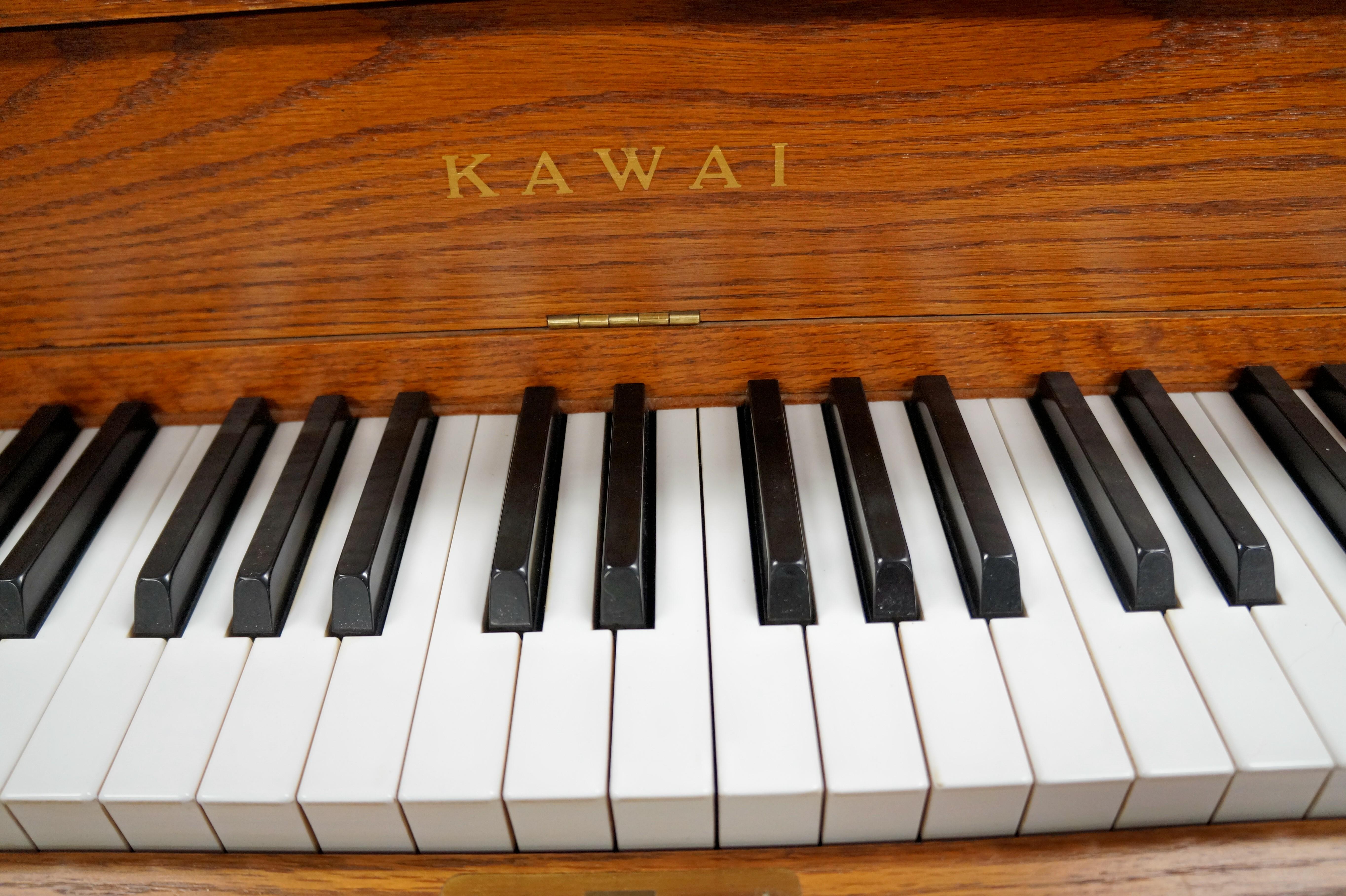 Kawai UST8