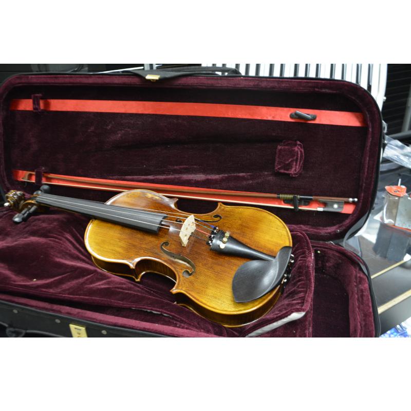 Vienna Strings Munich 15in Viola - Used