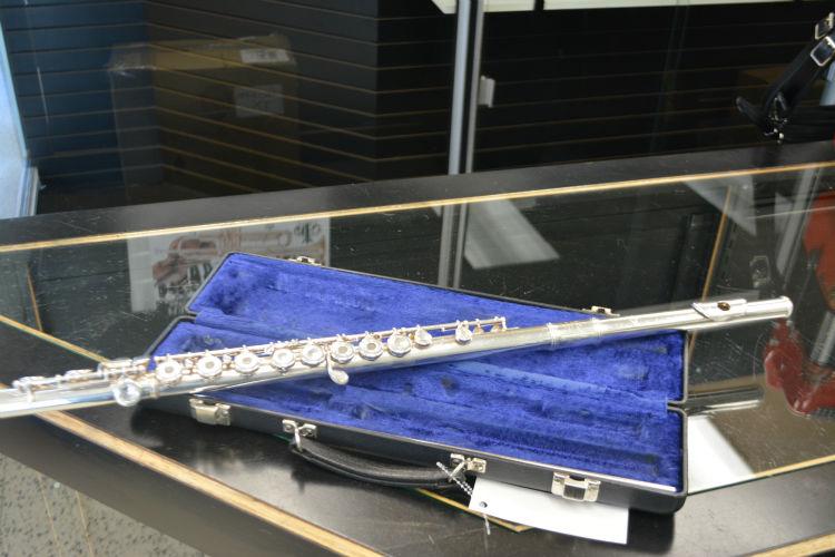 Emerson 311 Flute Open/Closed Hole Flute