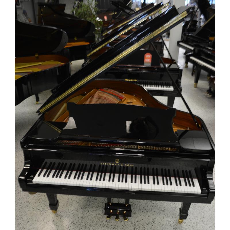 Steinway Model M Grand Piano Black Polish